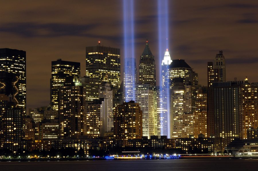 The+%22Tribute+in+Light%22+memorial+%28U.S.+Air+Force+photo%2FDenise+Gould%29