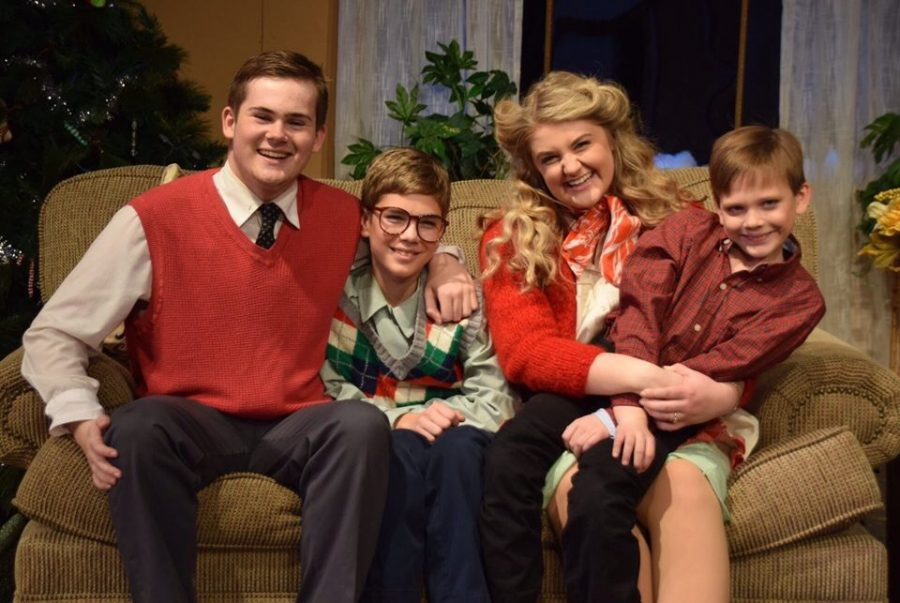 """""""You'll Shoot Your Eye Out!""""— """"A Christmas Story"""" Shakes Up SDHS Tradition"""