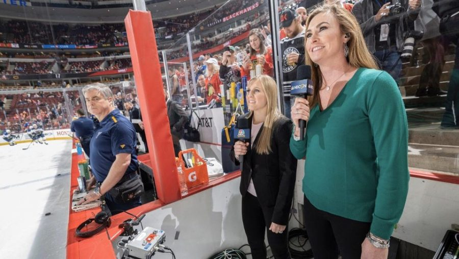 The Blues and Blackhawks celebrated International Women's Day with female sports analysts.