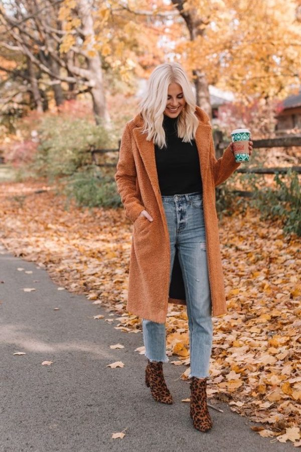 This is the perfect example of a perfect fall outfit