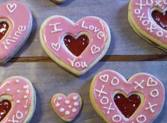 A perfect example of DIY Valentines Day cookies to make for your partner!