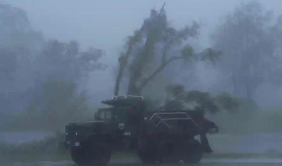 Hurricane Ida causes huge power outages and strong winds, especially in the New Orleans area